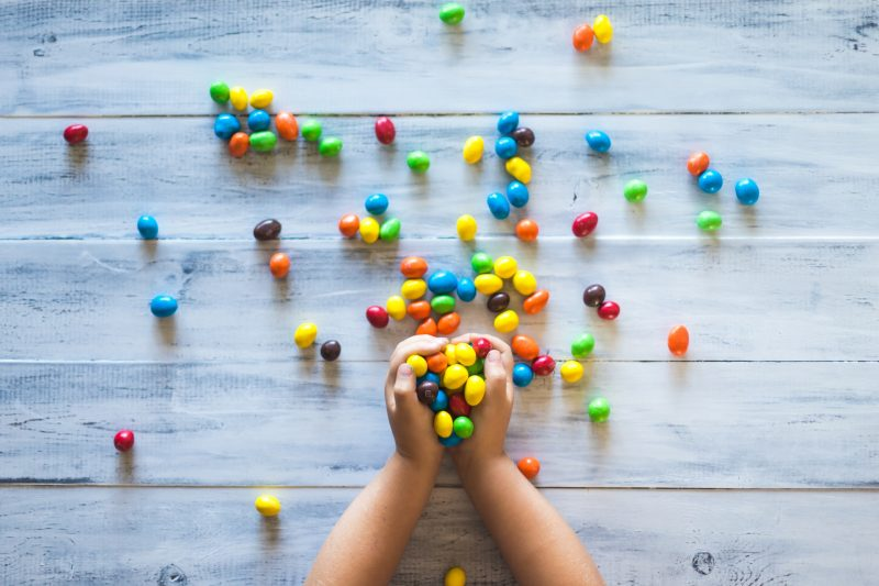 children-eating-too-much-sugar